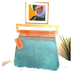 Satchel Style handbag or women briefcase!